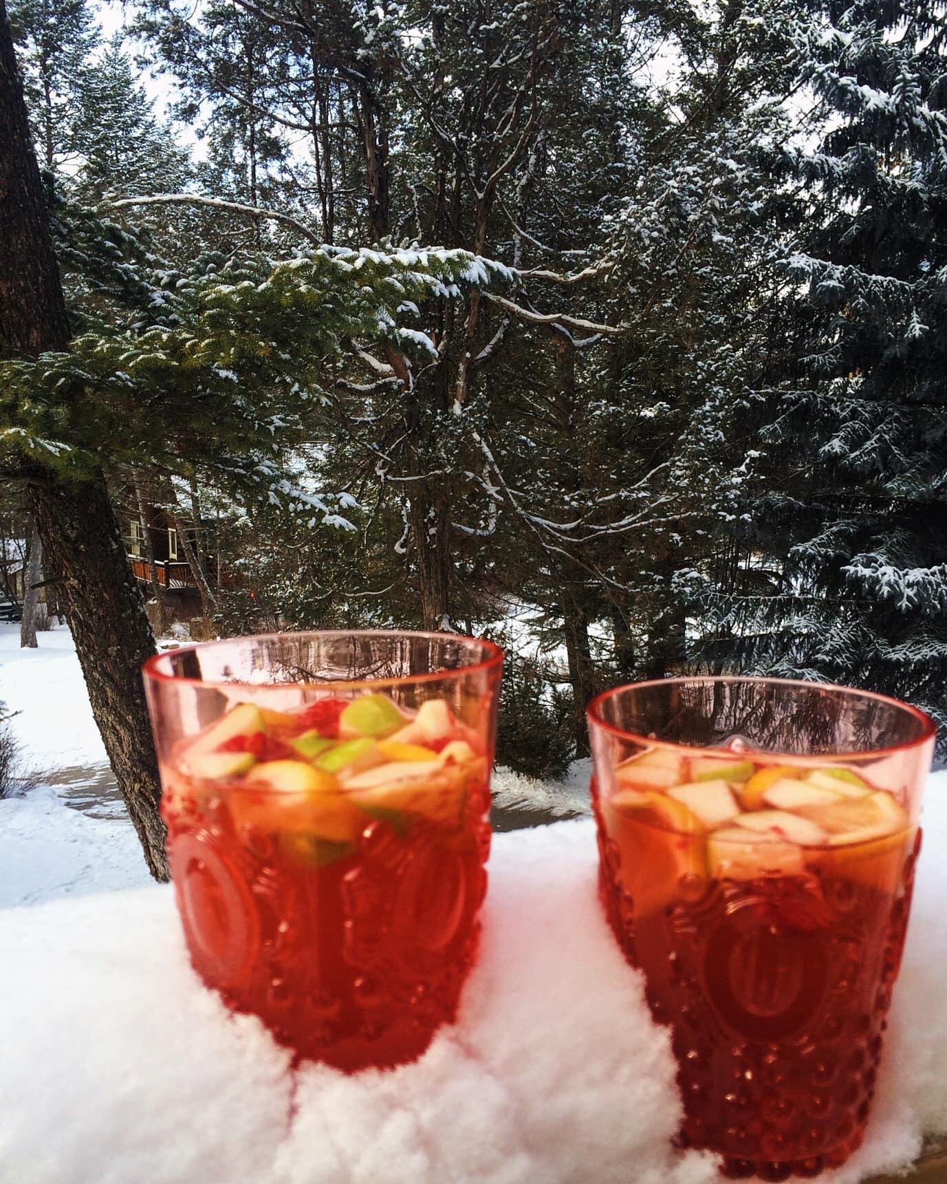 Winter Rosé Sangria l Cooking in my Genes l cookinginmygenes.com