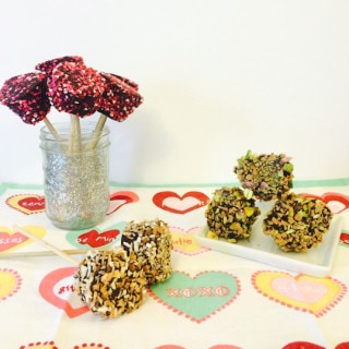 Chocolate Marshmallow Pops l cookinginmygenes.com