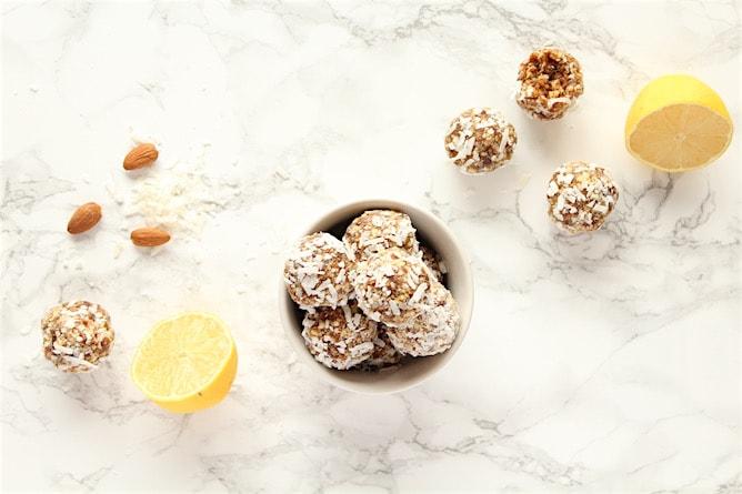 Lemon Coconut Power Balls | cookinginmygenes.com