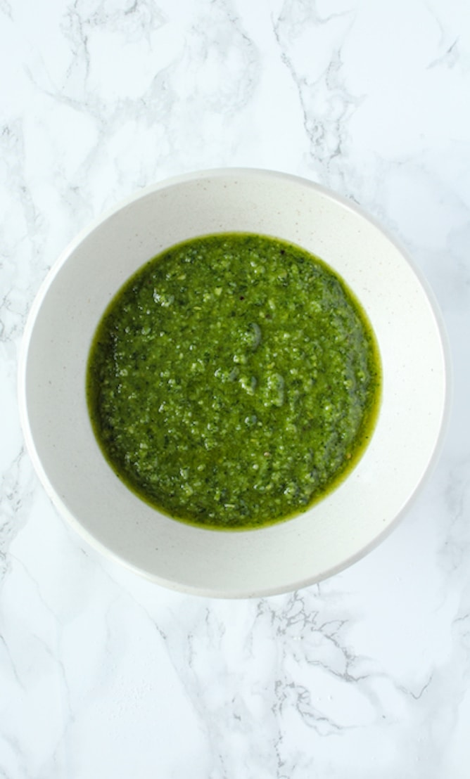 Easy Basil Pesto | cookinginmygenes.com