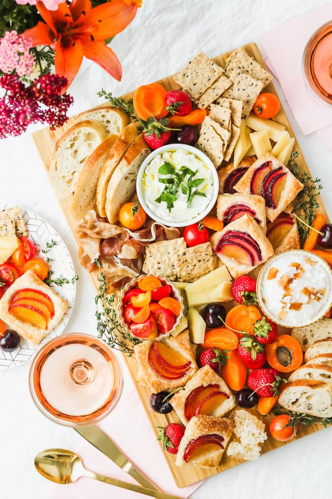 Summer Brunch Board | cookinginmygenes.com