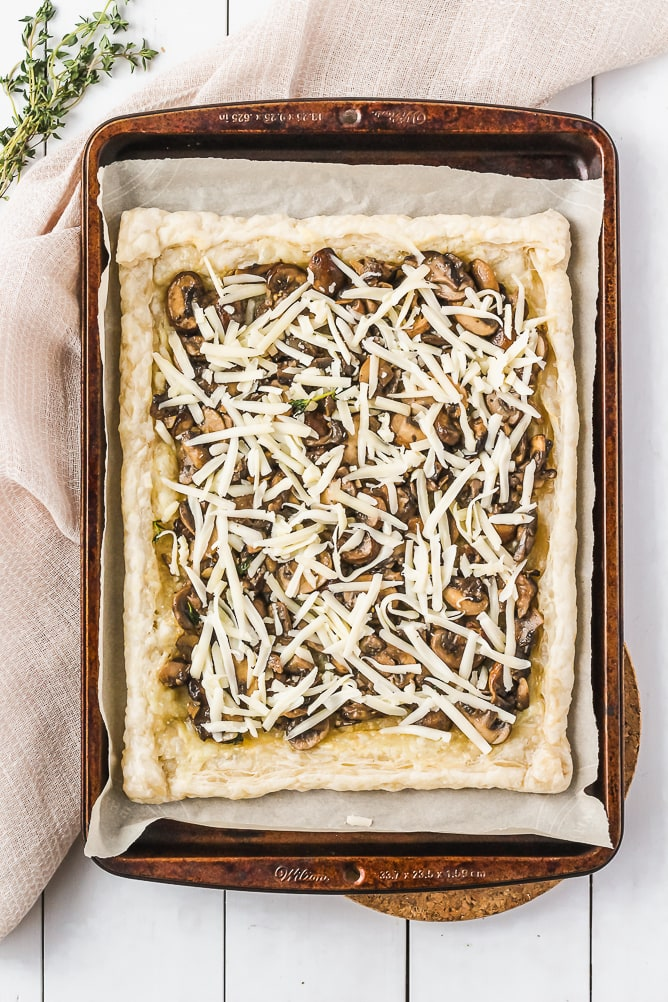 Mushroom Tart with Gruyere Cheese and Arugula