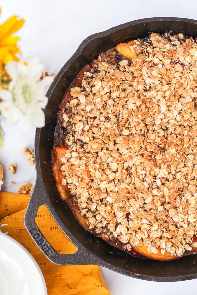 Stone Fruit Breakfast Crumble | cookinginmygenes.com