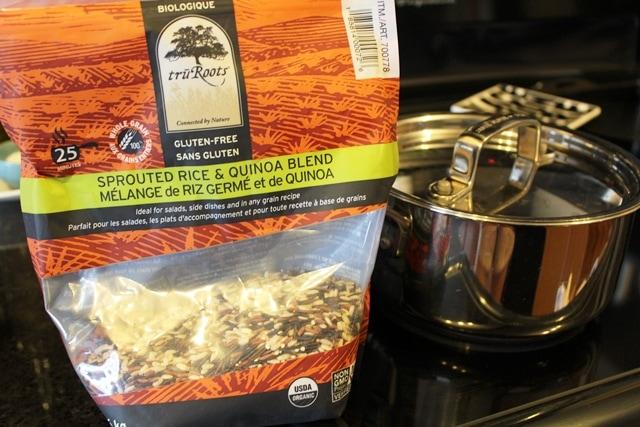 The Big Chopped Salad – Layered Grains & Vegetable Salad l cookinginmygenes.com