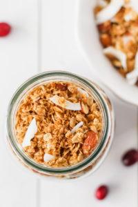 Coconut & Almond Granola | cookinginmygenes.com