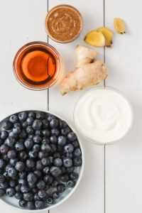 Blueberry Bliss Smoothie | cookinginmygenes.com