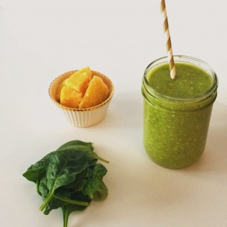 Green Mango Dream Smoothie l cookinginmygenes.com