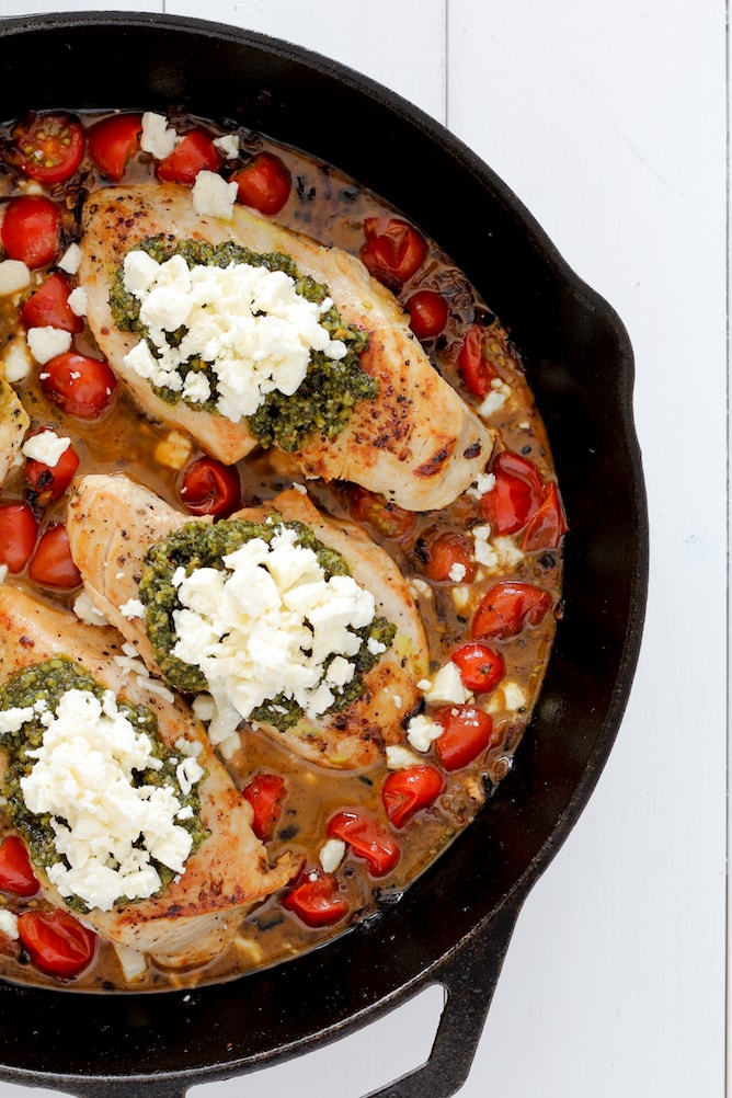 Pesto Baked Chicken | cookinginmygenes.com
