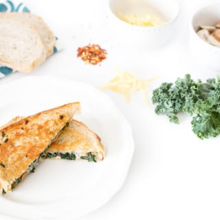 Kale-Mushroom Grilled Cheese l cookinginmygenes.com