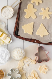 Shortbread Cookies with Lemon Icing | cookinginmygenes.com