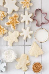 Shortbread Cookies with Lemon Icing   cookinginmygenes.com
