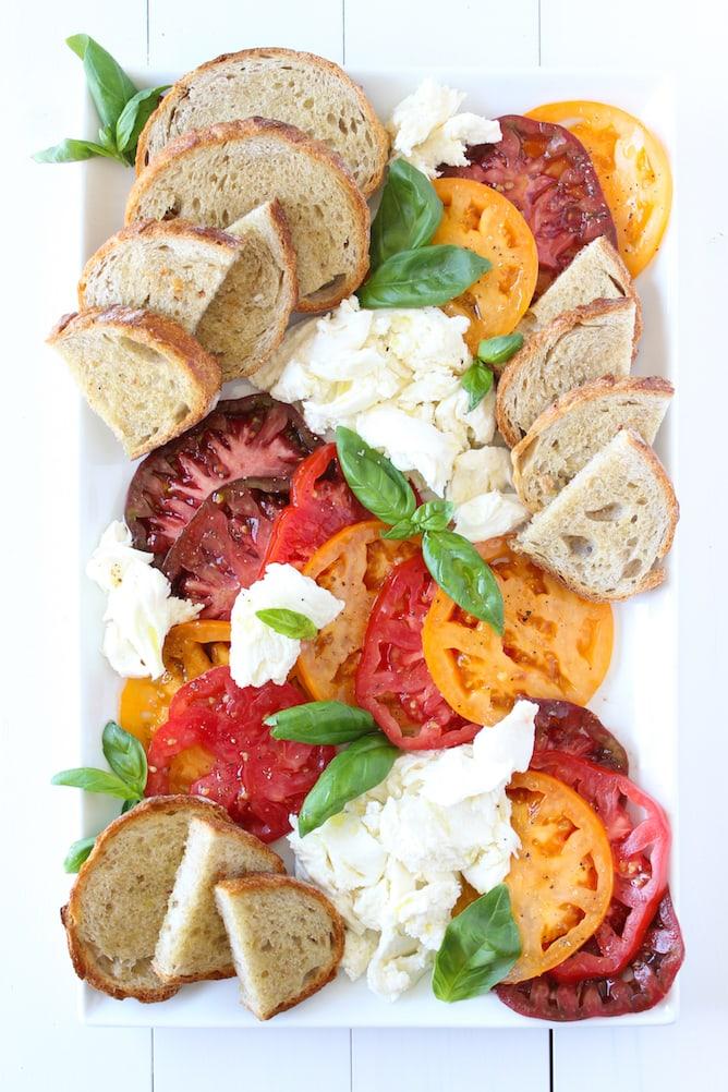 Heirloom Tomatoes, Mozzarella & Sourdough Bread Board | cookinginmygenes.com