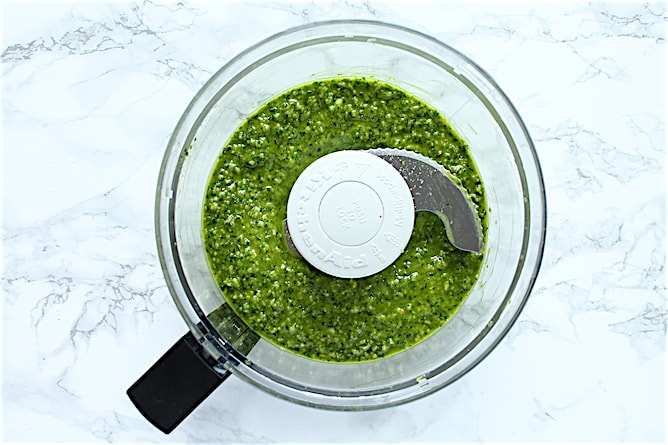 Easy Basil Pesto | cookinginmygenes.com
