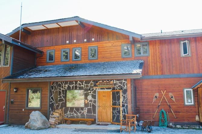 Afternoon Tea at Mount Engadine Lodge | cookinginmygenes.com