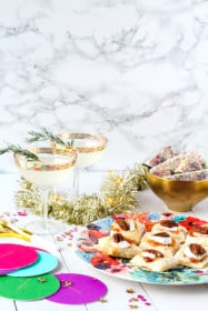 Sparkling New Year's Eve Party Menu | cookinginmygenes.com