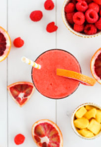 Tropical Blood Orange Smoothie | cookinginmygenes.com