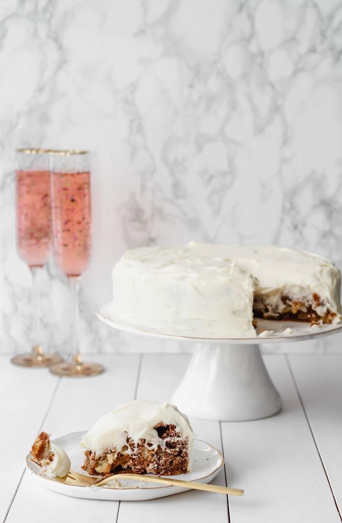Apple Cinnamon Cake with Cream Cheese Icing | cookinginmygenes.com