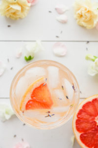 Grapefruit Lavender Spring Blossom Cocktail | cookinginmygenes.com