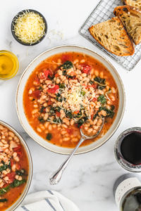 Quick White Beans with Tomatoes & Kale