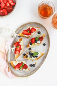 Mixed Summer Berry Goat Cheese Crostini Recipe